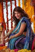 Shruti Haasan Stills from Balupu Movie-thumbnail-18