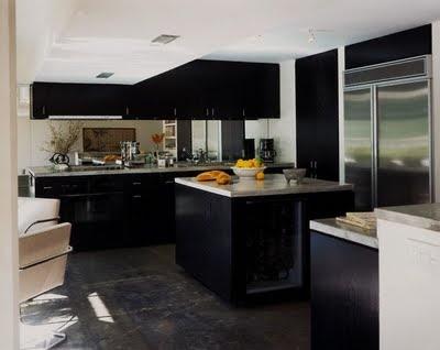 Gabinetes de cocina negros muy elegantes cocina y muebles - Cocinas clasicas elegantes ...