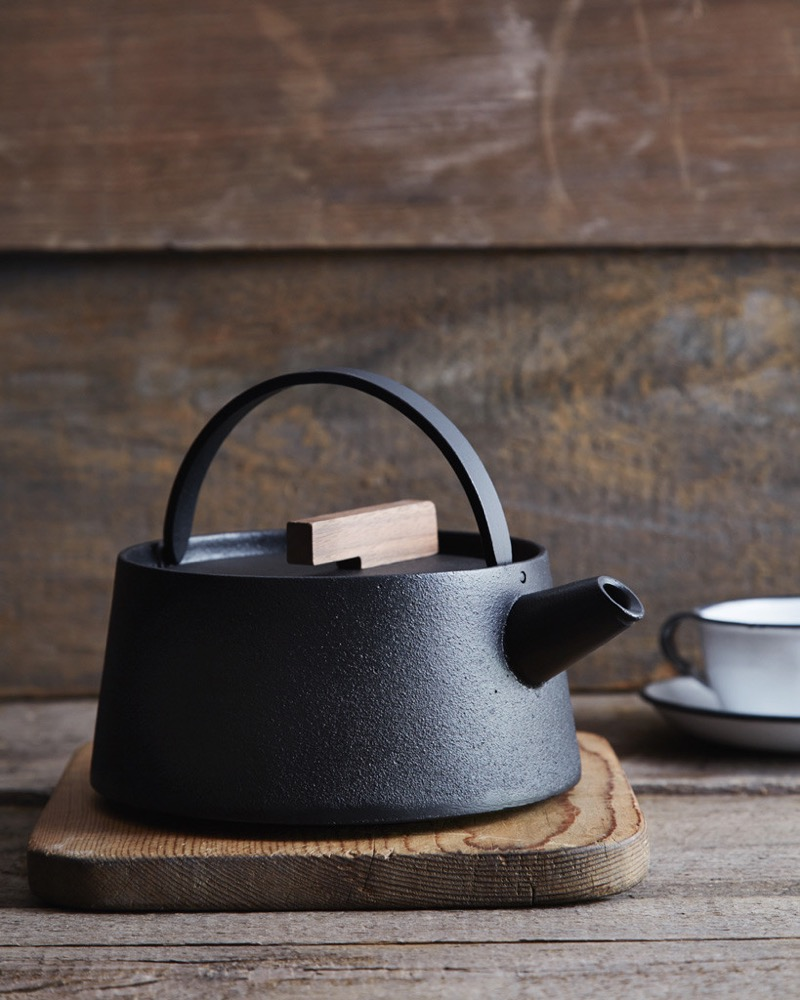 Black iron Kettle