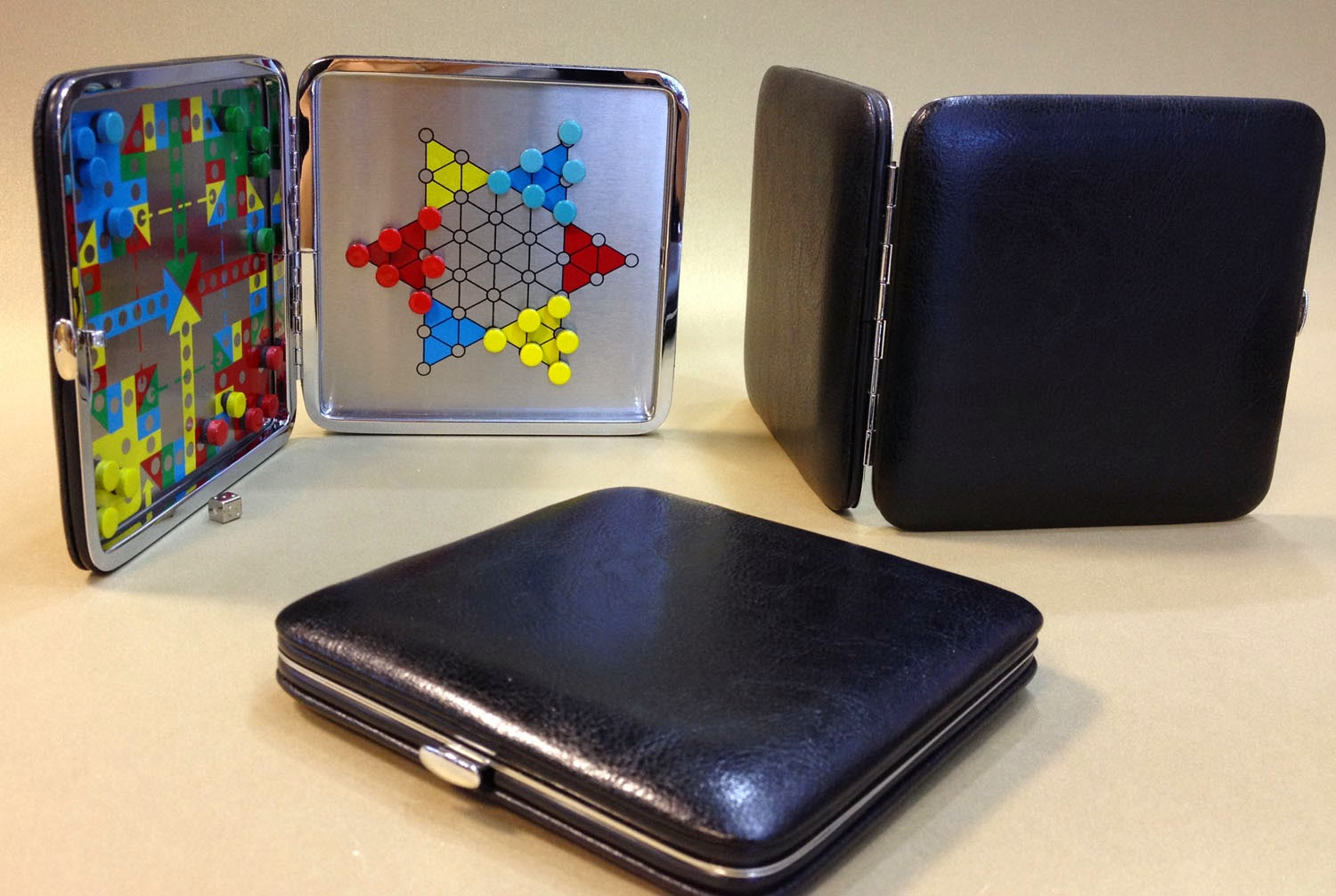Game 2 in 1 Leather ,Portable ,suitable for travel ,game set lover, practical