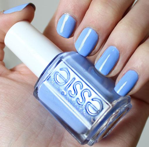 NOTD: Essie Bikini So Teeny Nail Polish Review - Carly Cristman