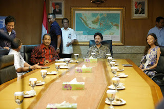 sergey brin bos google berkunjung ke indonesia