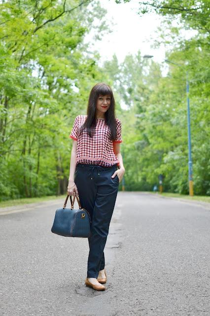 ACH TIE BODKY_Katharine-fashion is beautiful_Bodkovaná blúzka_Katarína Jakubčová_Fashion blogger