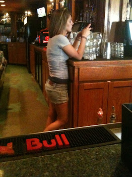 "Nothing Says ""Customer Service"" like a bartender texting most of the time!"
