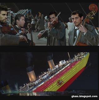 Los jugadores de la selección española siguen jugando como la orquesta del Titanic tocaba mientras este se hundía