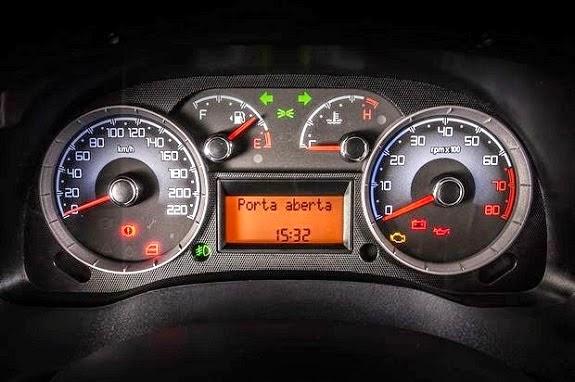 Fiat Doblò 2015 ganha poucas novidades