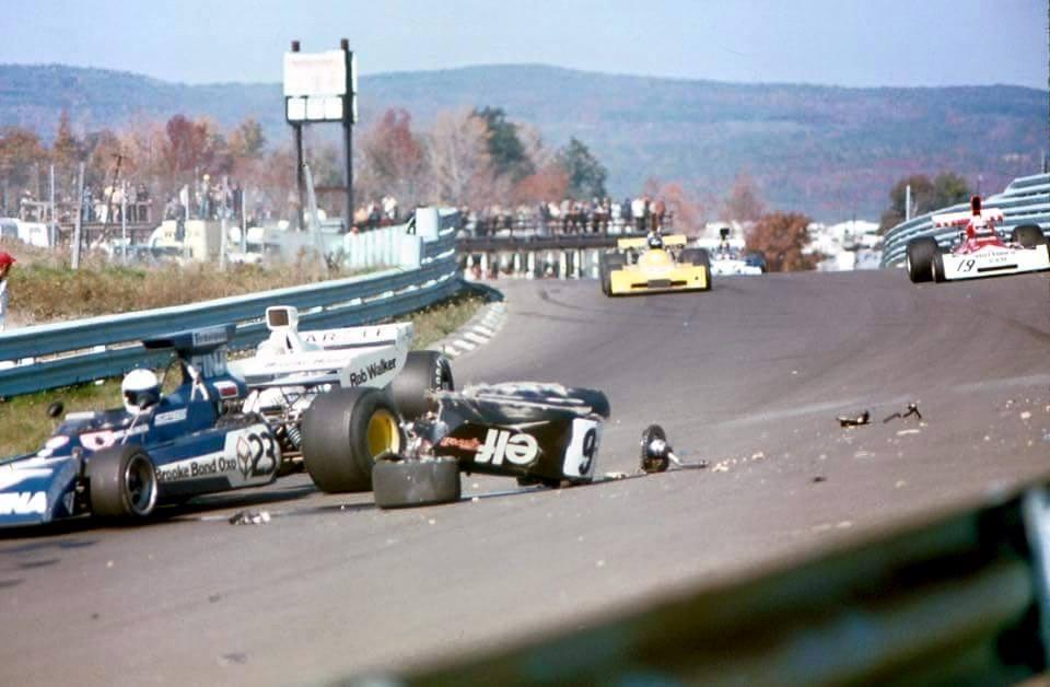 Circuito Watkins Glen : Por dentro dos boxes cevert