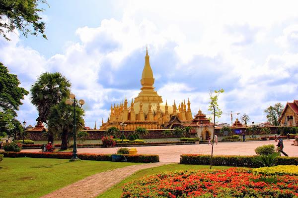 Saysettha Park - Pha That Luang - Vientiane
