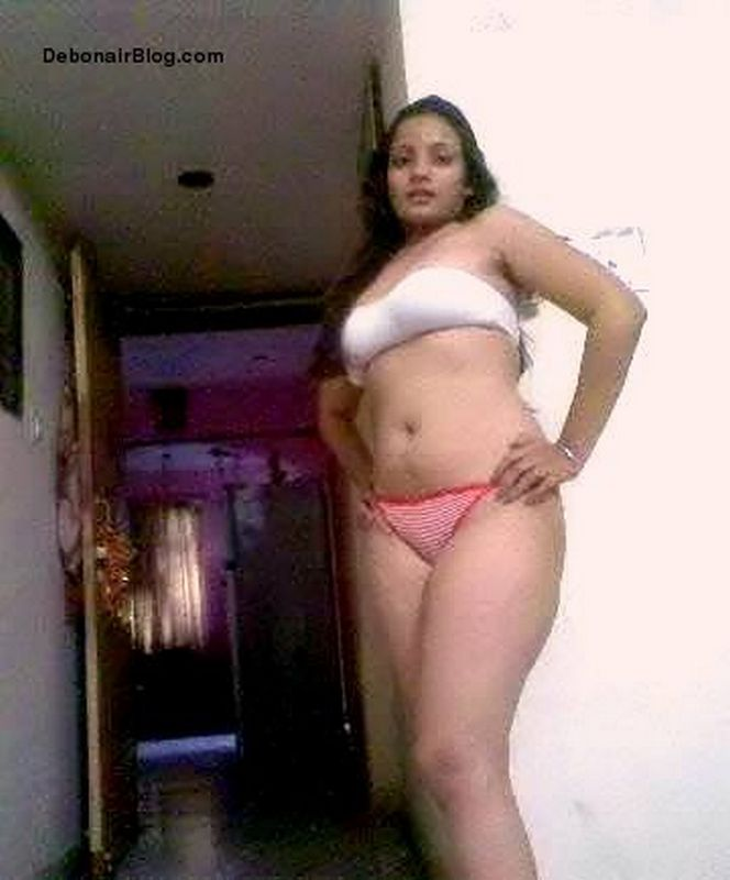 new-desi-nude-girls-bathroom-panty-bra-all-boy-family-naked