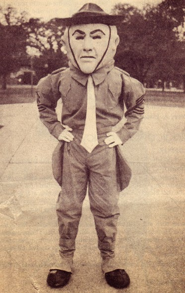 Rare photo of nightmare Texas A M costumed mascot will haunt your dreams forever.