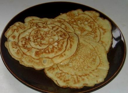 How to make banana pancakes banana pancakes on a plate ccuart Gallery