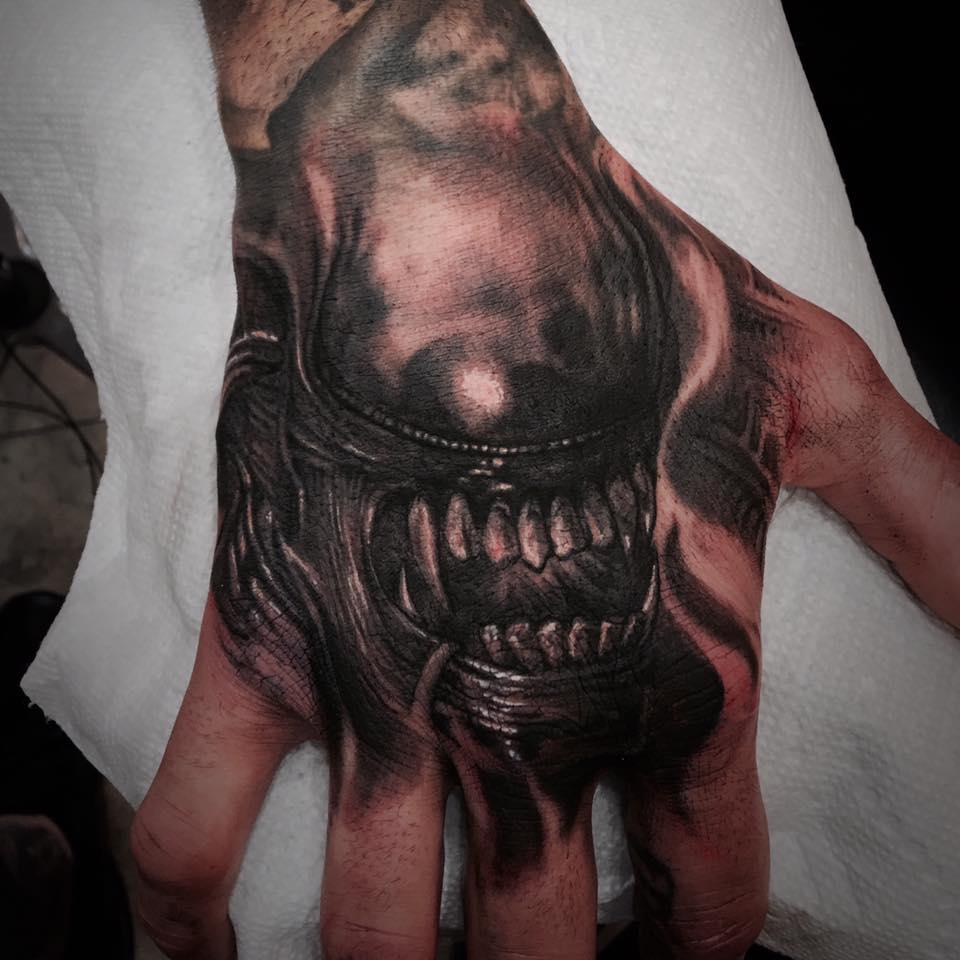 jimsmash alien tattoo of the day