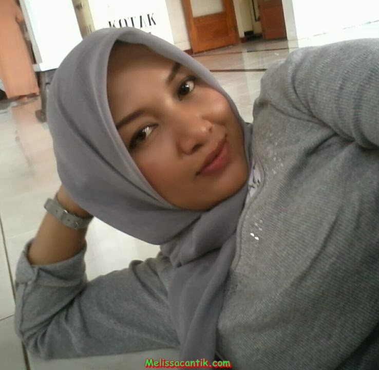 Koleksi Foto Tante Berjilbab Bandung Masih Cantik Memikat ...