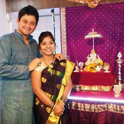 Swapnil Joshi with Wife