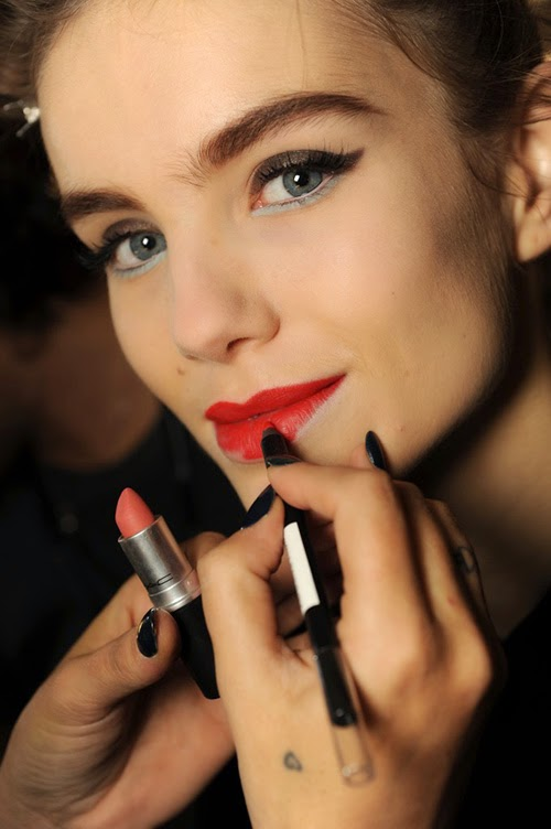 How to Get Ready Faster: Tips to Speed Up Your Beauty Routine