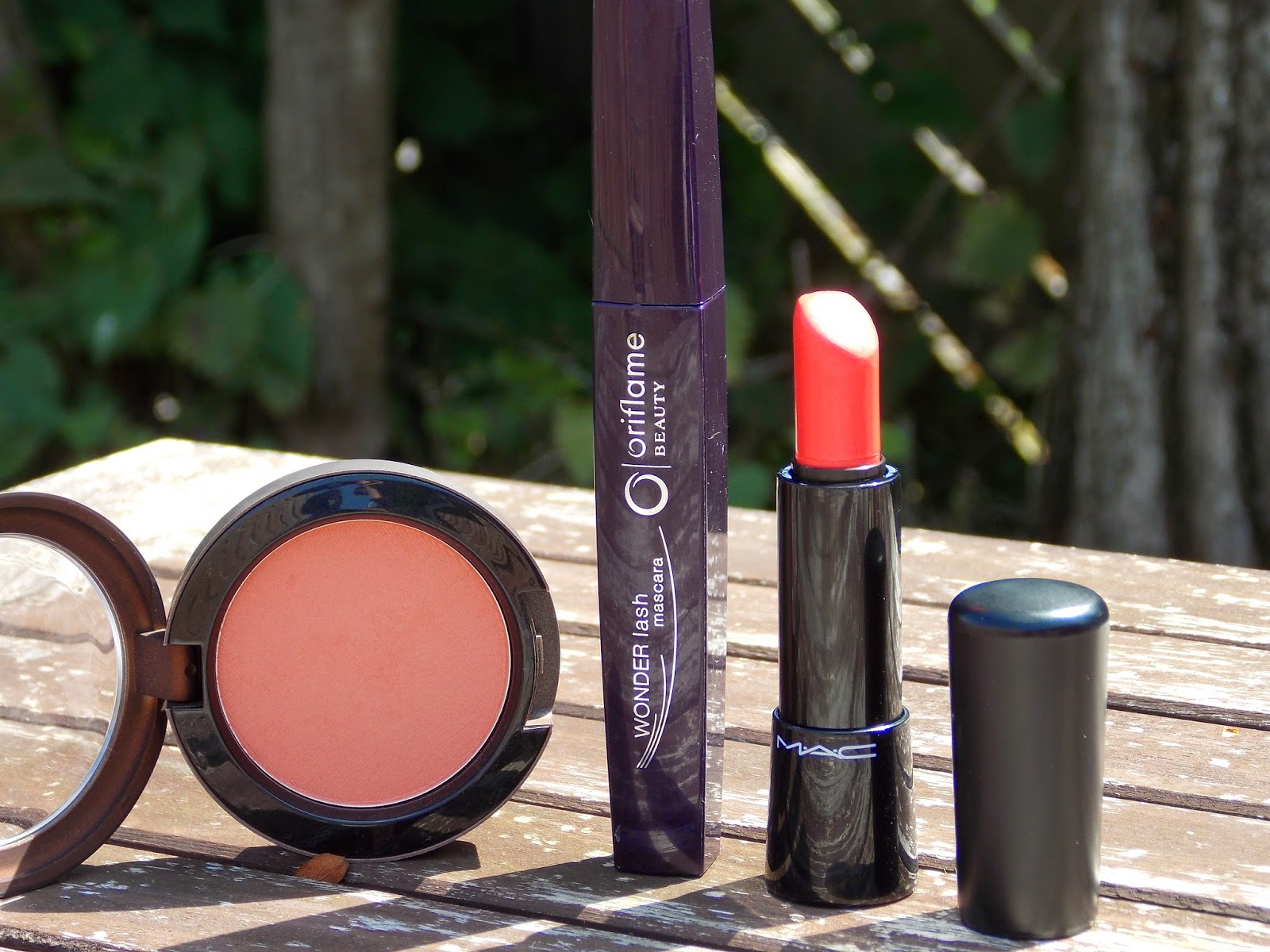 MAC Powder Blush in Ripe for Love, Oriflame Wonderlash Mascara and MAC Mineralize Lipstick in Lady at Play