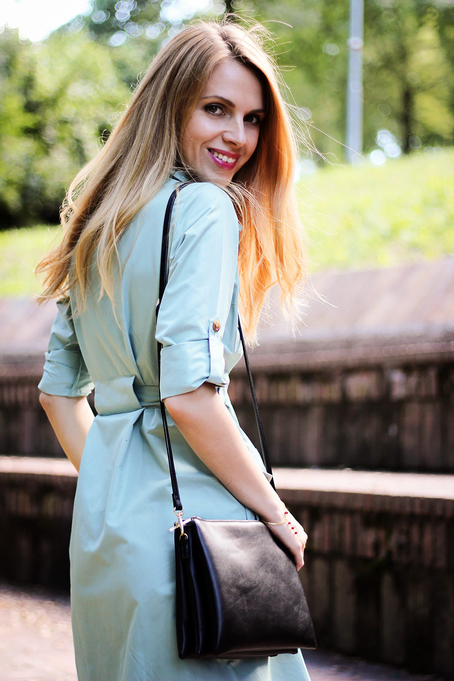 Belted shirt dress cross-body triple bag, casual summer outfit