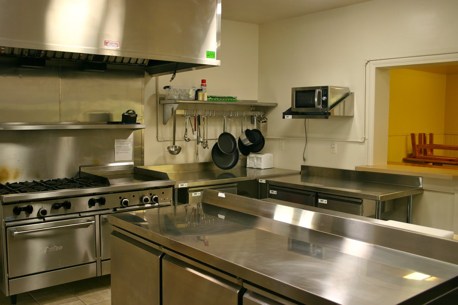 Lodge- Commercial Kitchen