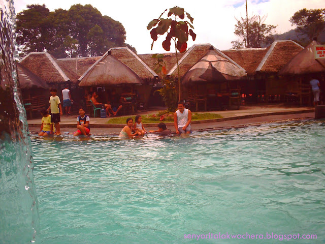 This resort isn't that big and sometimes jam-packed with visitors but has some things that are nice and you'll surely want to experience, like their natural Jacuzzi and the sauna, the mud pool and the regular pool for adults and kids.