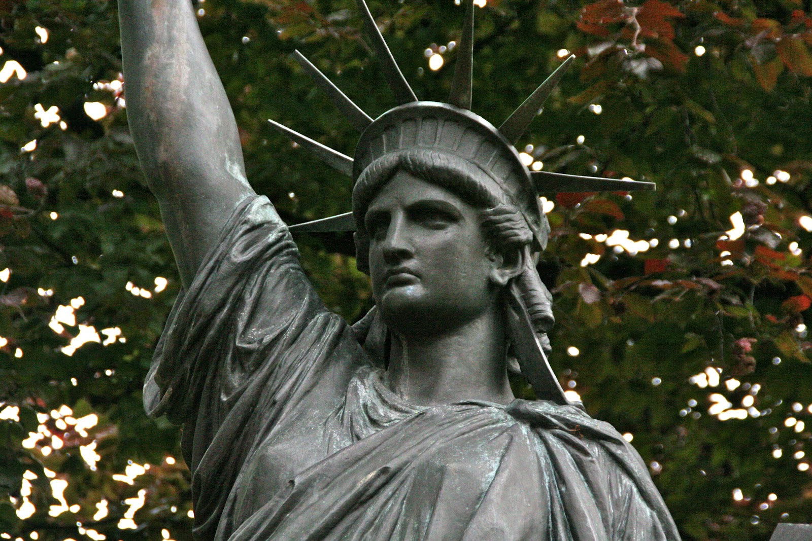 The Mr Hunter Wall Lady Liberty Of The Luxembourg Gardens