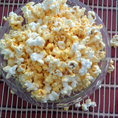 Easy Cheesy Popcorn:  A quick and simple snack idea