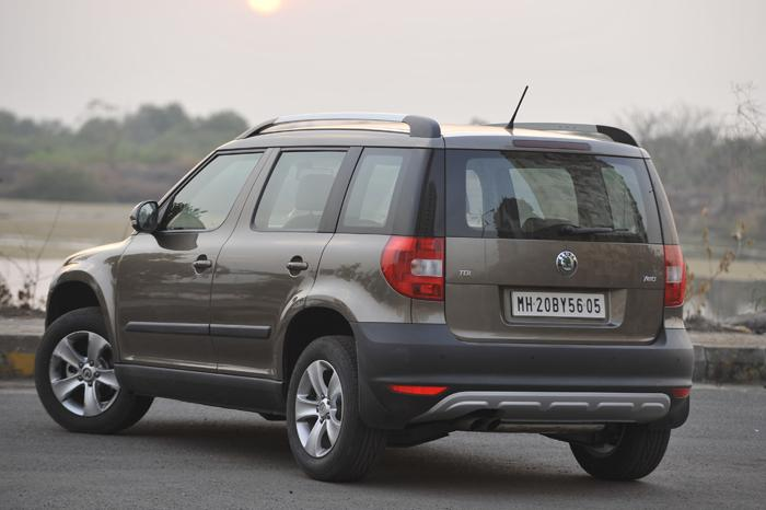 first drive skoda yeti 4x2 review test drive popular automotive. Black Bedroom Furniture Sets. Home Design Ideas