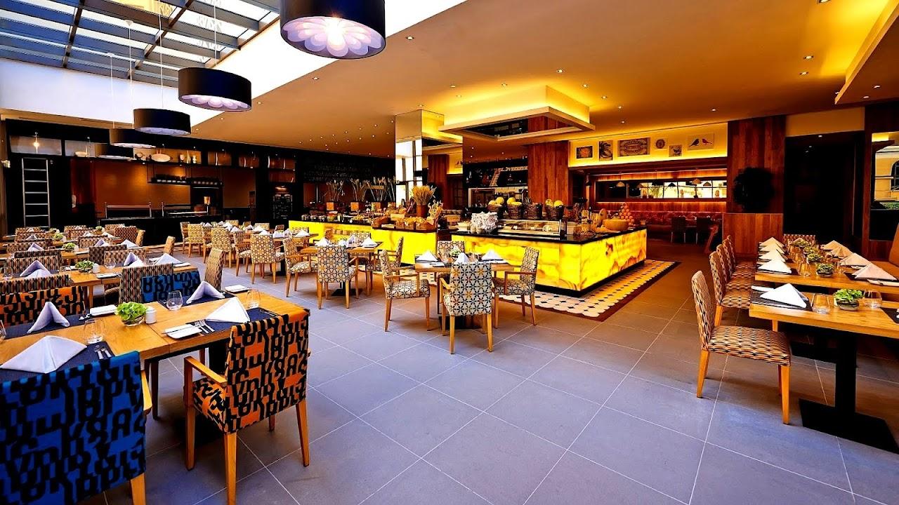 Mövenpick Hotels & Resorts Beach