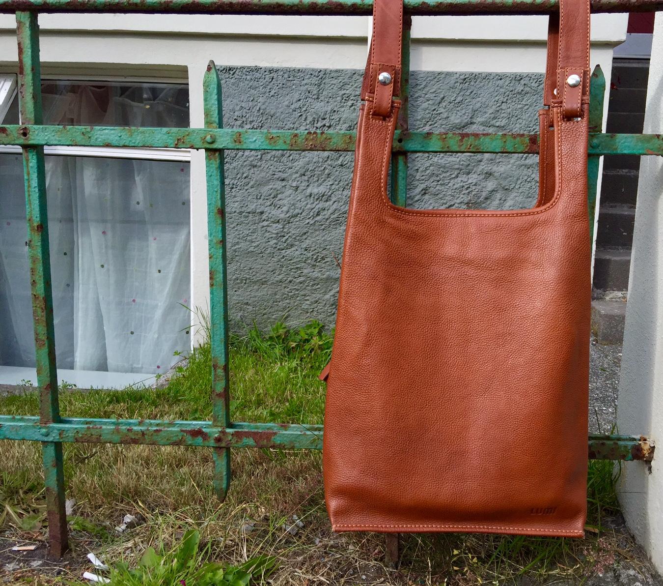 Myydään Lumi Laukku : Raskausajan vaatteet laukku salamatkustaja