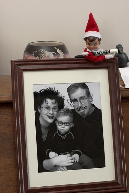 http://www.mandywithmultiples.com/2011/12/25-days-of-christmas-elf-on-shelf.html