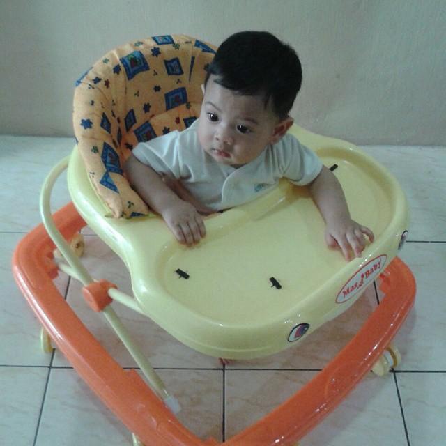 Baby walker Untuk Aisy