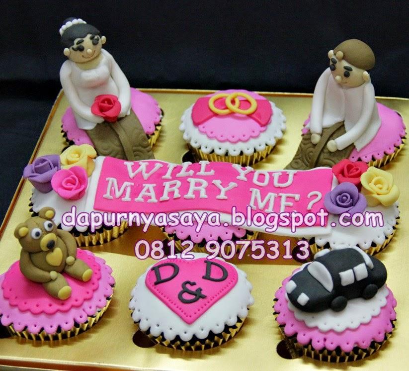 Cupcakes Set Lamaran