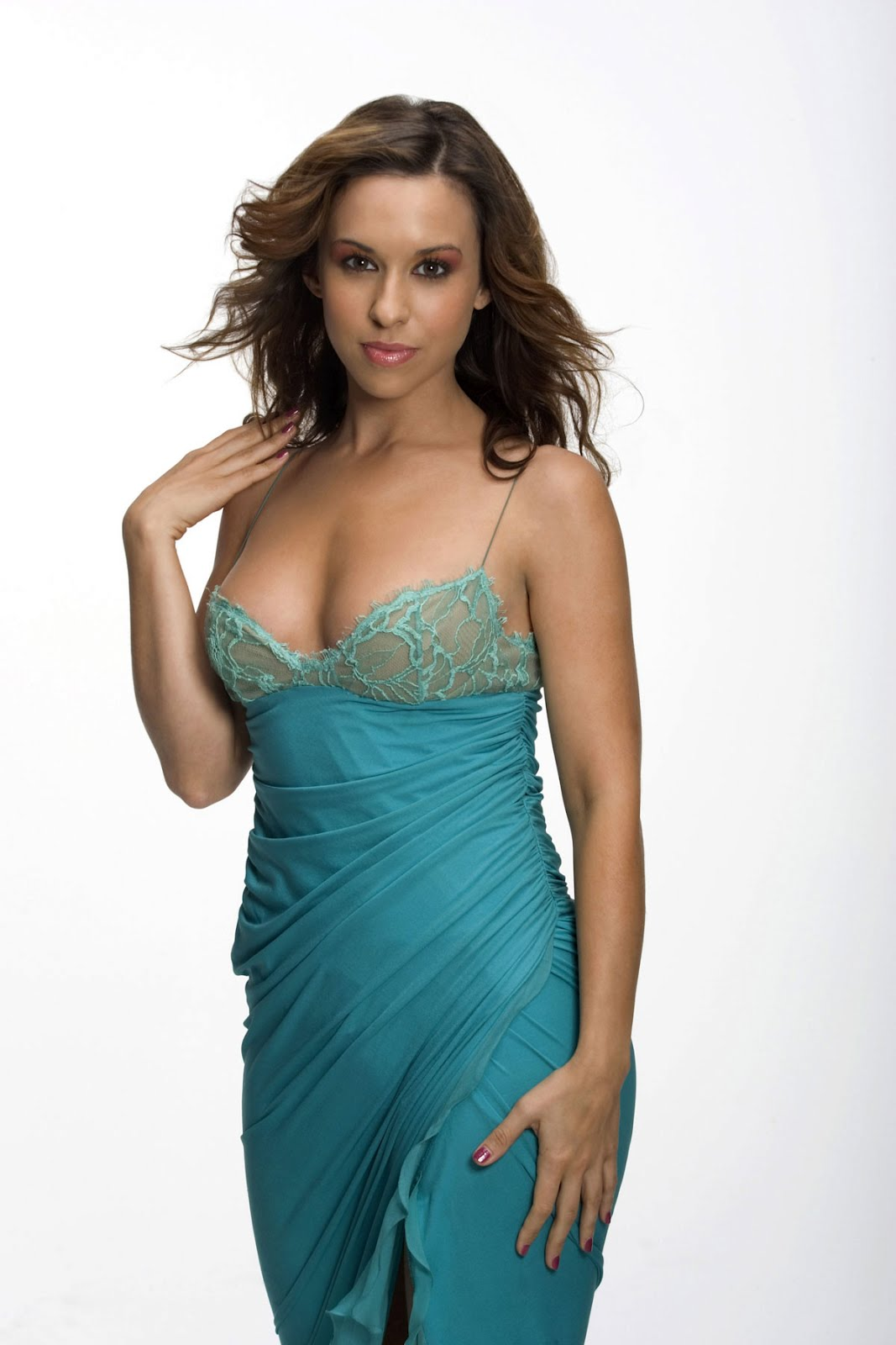Lacey Chabert 34 C Cup Size3