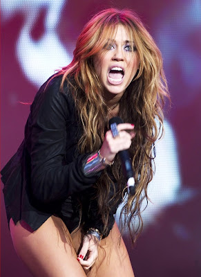 Miley Cyrus Birthdate on Miley Cyrus