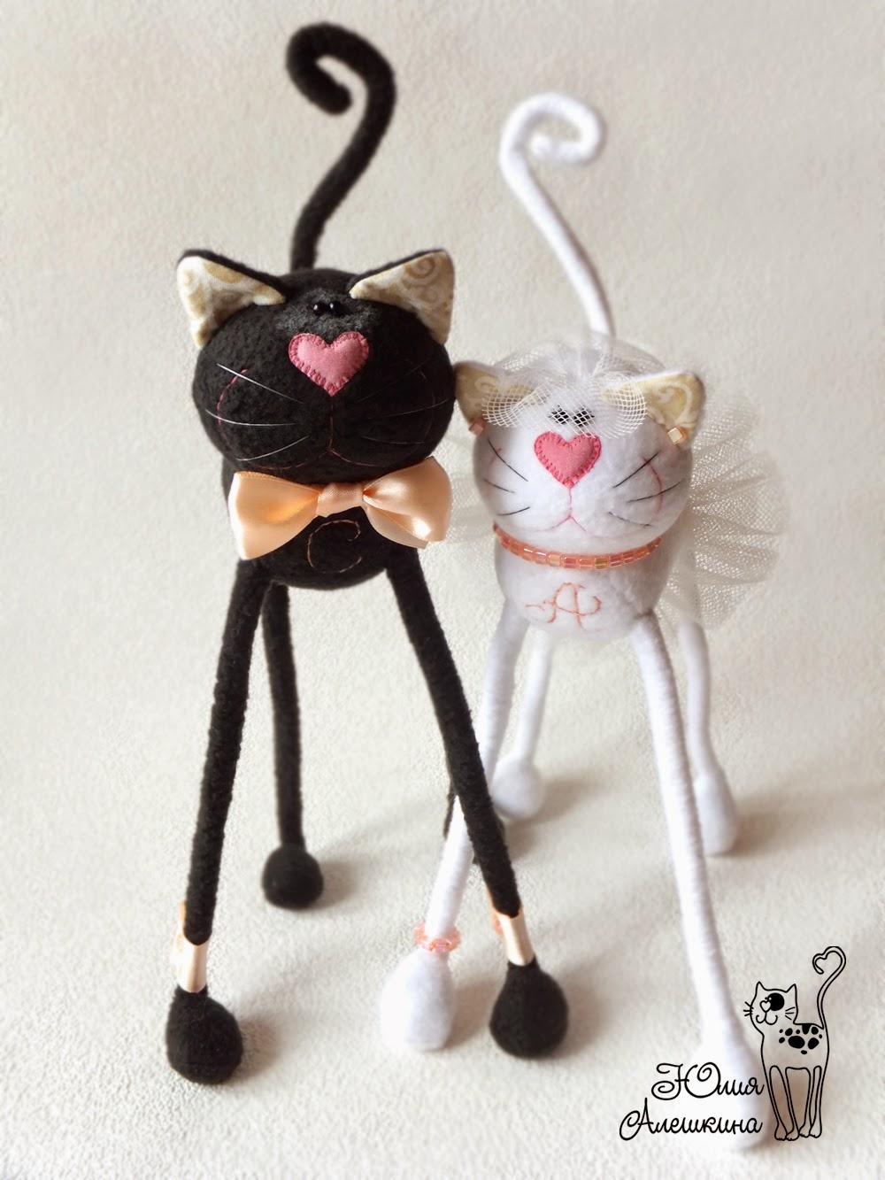 Черно-белые коты