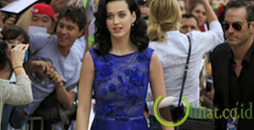 Katy Perry - 16 Tahun