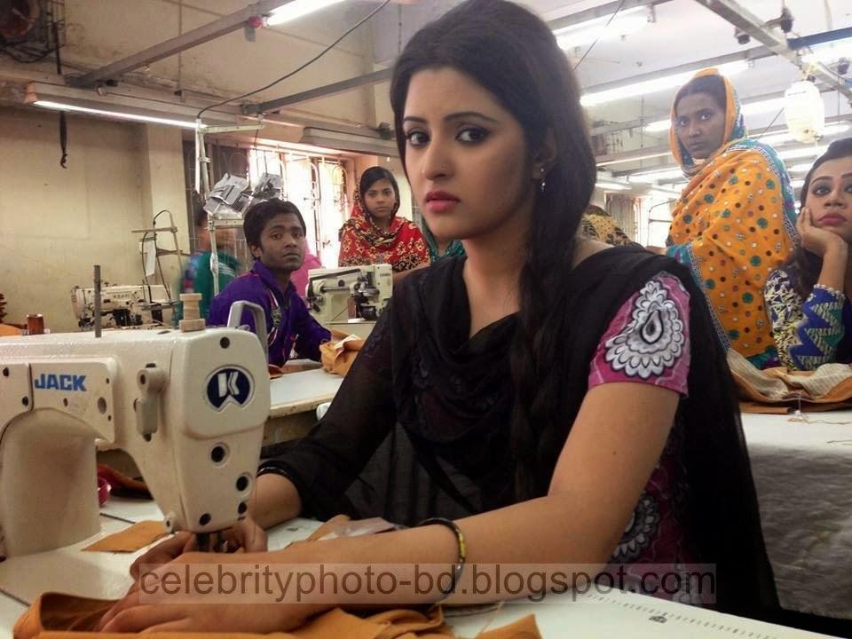 Top+New+Bangladeshi+Model+and+Actress+Pori+Moni's+Latest+Photos+and+Wallpapers020