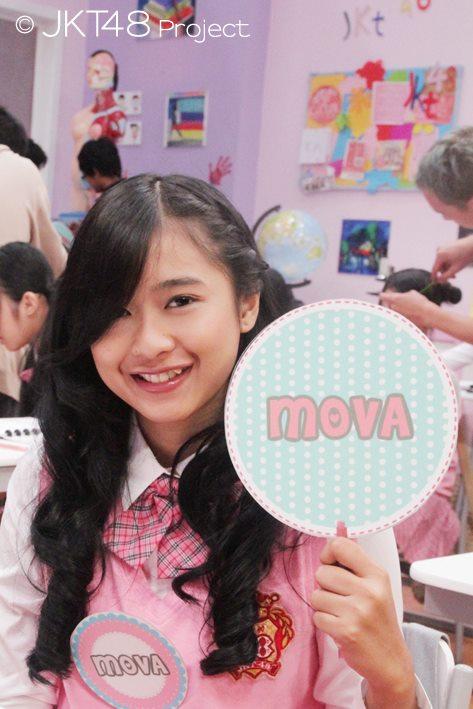 Mova at JKT48 School episode 8