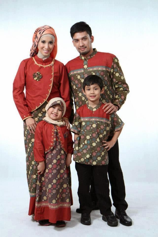Model baju batik muslim sarimbit trendy