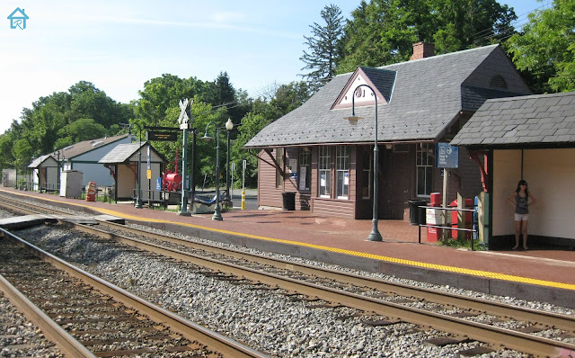 germantown-md+train+station+back+rails.j