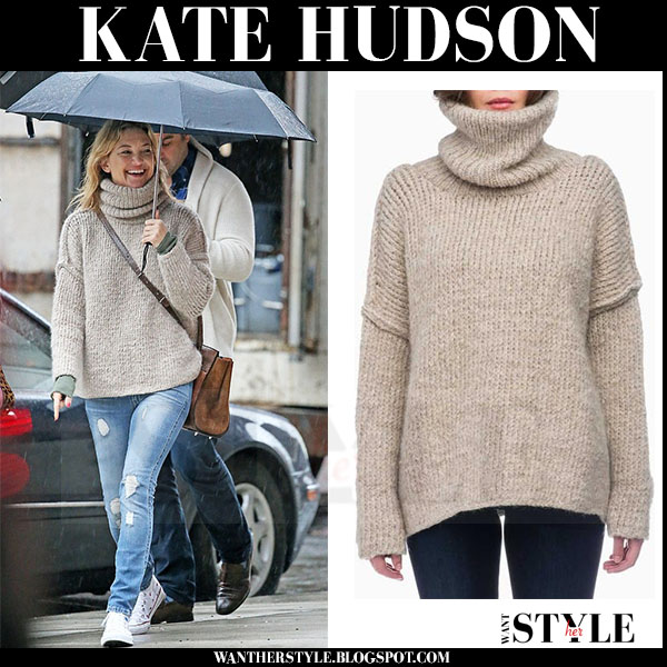 Kate Hudson in beige knit turtleneck sweater smythe what she wore streetstyle