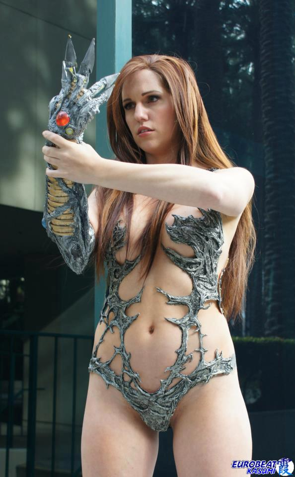 Jacqueline Goehner Cosplaying as Sara Pezini AKA Witchblade
