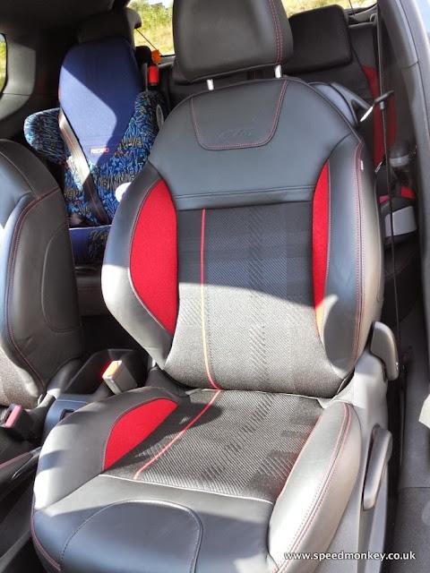 2013 Peugeot 208 GTI seats