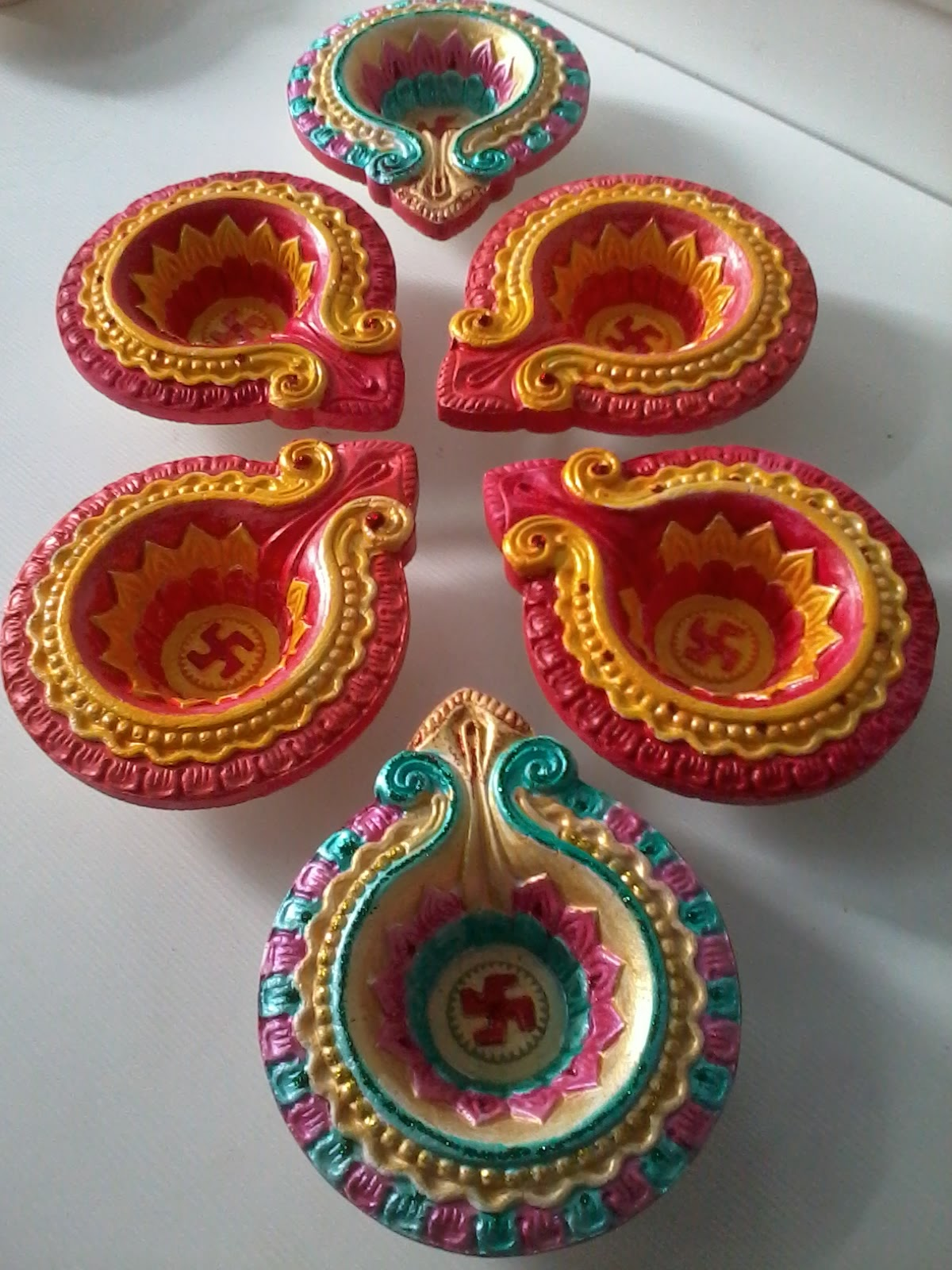 Art corner diwali decorative items for Decorative things