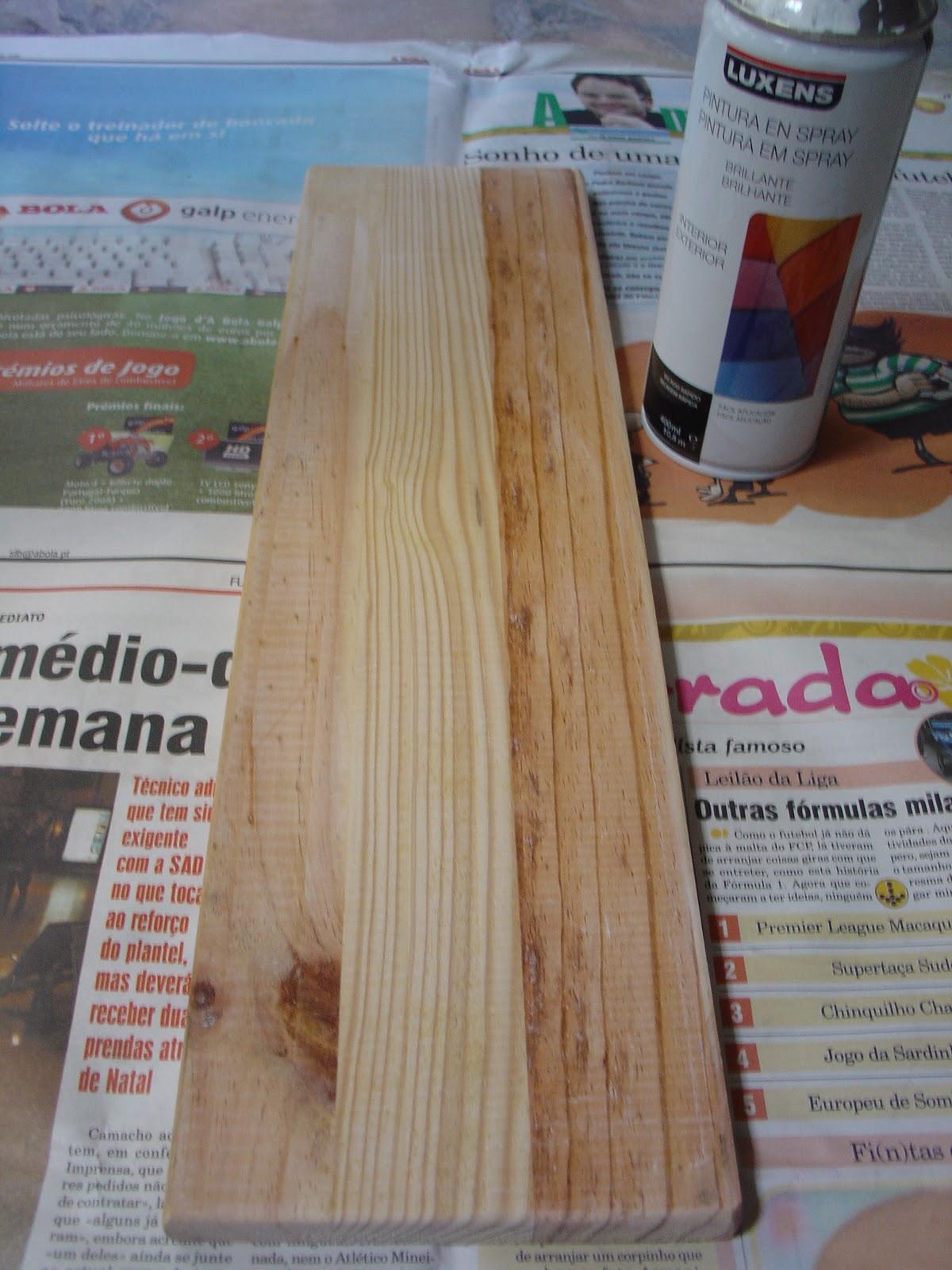 Forrei a placa de madeira com o tecido ás riscas (o mesmo que  #6D4735 1200x1600