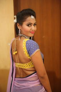 Actress Neetha Sizzling pics in half saree 008.JPG