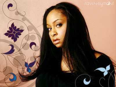 Actress Raven-Symone Lovely Wallpaper