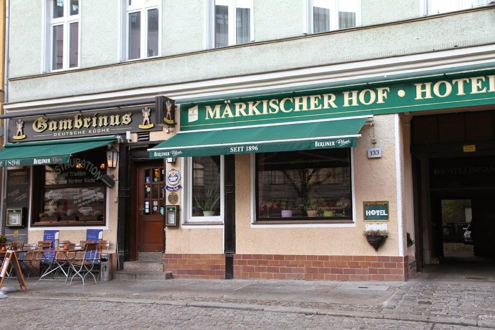 Hotel Märkischer Hof at Linienstraße 133