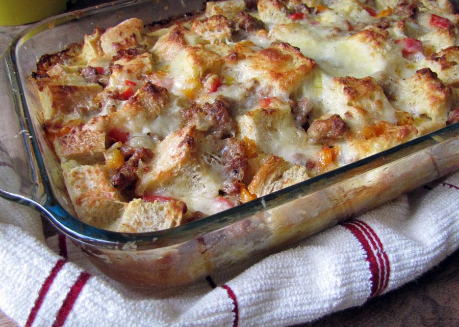 Smells like food in here cheesy italian breakfast bake for Italian breakfast