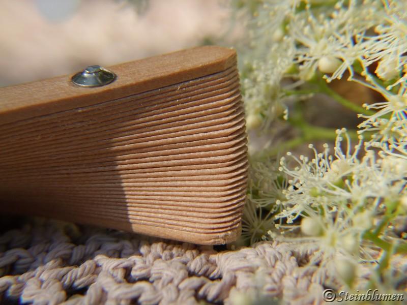 Fächer aus Sandelholz