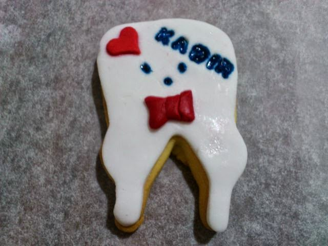 Süslü diş kurabiyesi